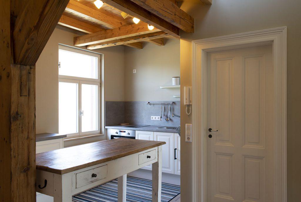 Blick auf die Küche im Falkennest